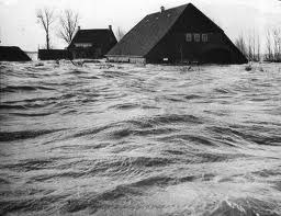 The most terrible flood in Zeeland - 1953. I remember so well, and it impressed me as a little girl, while I watched my mom gathering clothes, shoes and linens and non perishables for the people in need...