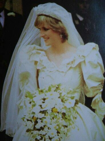 224 best Princess Diana Wedding images on Pinterest | Face charts ...