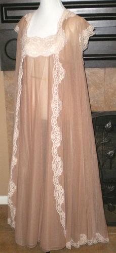 "Vintage Peignoir & Gown Henson Kickernick Double Nylon Chiffon 180"" Billow Circ."