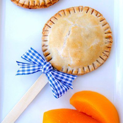 Planning a summer picnic menu? Then peach pie might be on your shopping list. Put a twist on a dessert table classic with these Pie Pops. Swap full sugar for SPLENDA® No Calorie Sweetener and Brown Sugar Blend in these single serving Pie Pops that you can decorate with ribbon and share with friends.