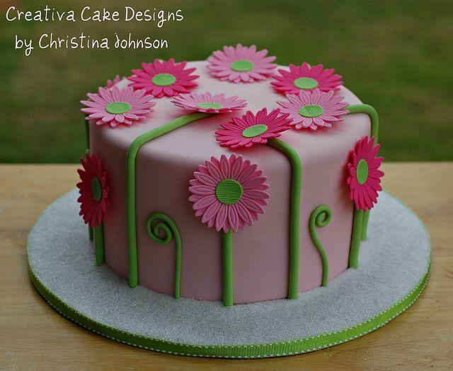 Daisy Cake (Take II) by Creative Cake Designs (Christina), via Flickr