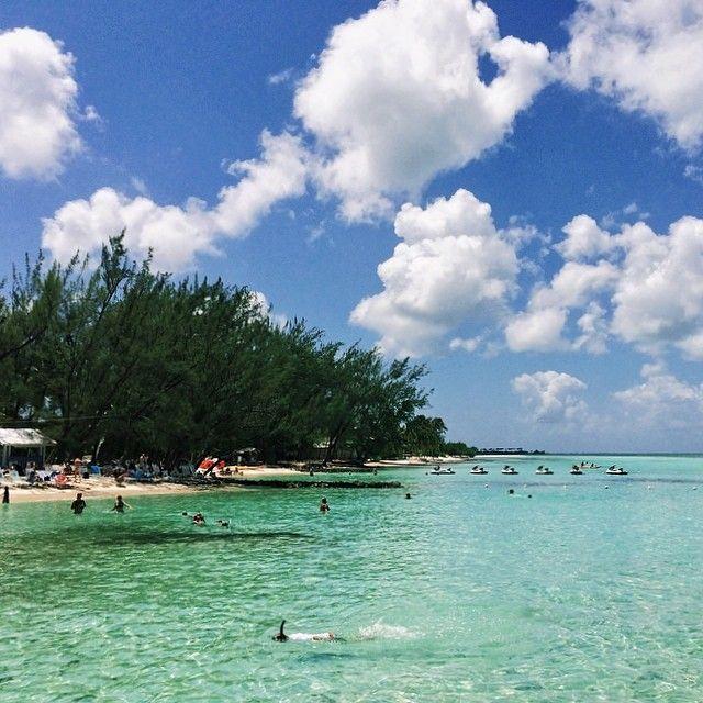 Rum Point Beach, Cayman Islands www.instagram.com/jsovs Jaclyn Sovern