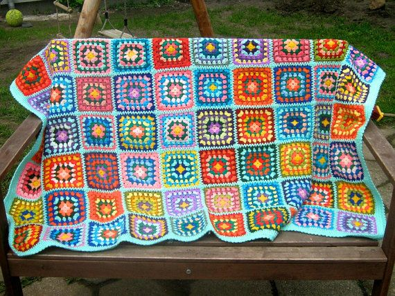 Abuela cuadrados afganos manta, cálido abrigo, colorido, hecho a mano, ganchillo, patchwork, cubierta de cama, azul, acogedor