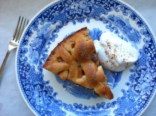 My Little Expat Kitchen: Dutch apple pie