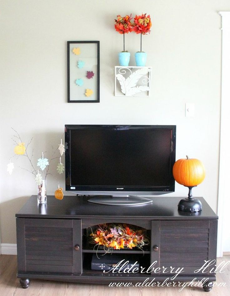 Fall Home Decor :: Hometalk. Decorate around tv.
