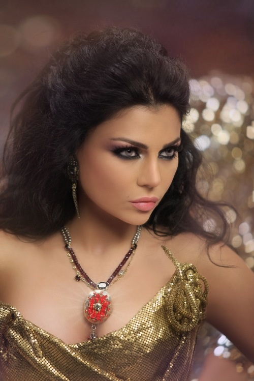 Haifa Wehbe [one of my glam icons! always love her makeup, hair, style