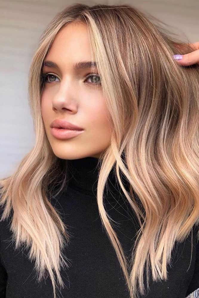 Dirty blonde hair has always been around, and now it's a worldwide trend. See how the stunning mix of brown and blonde can freshen up your natural base!