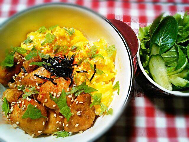 お昼ごはんは  またまた  簡単どんぶりです(._.)φ  ささみでちょいヘルシー♡ - 138件のもぐもぐ - ジューシー鶏ささみ丼 by yukkomama
