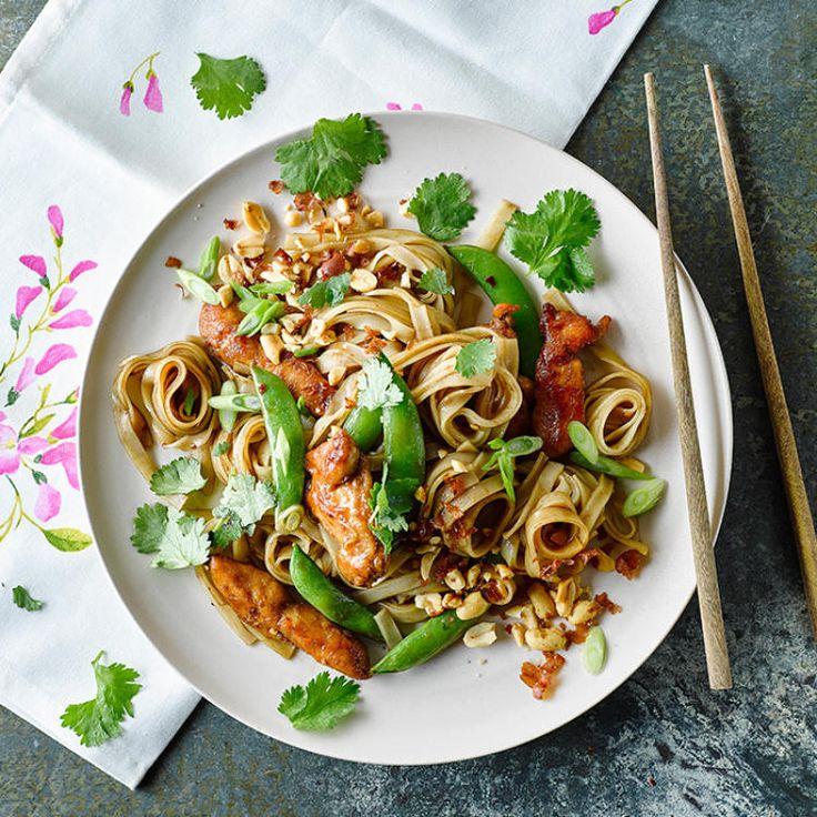 Cheeky Chicken Pad Thai