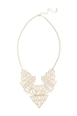 This statement necklace features a geometric design and high-shine finish