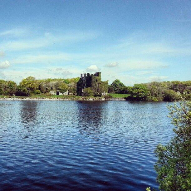 Menlo Castle summertime