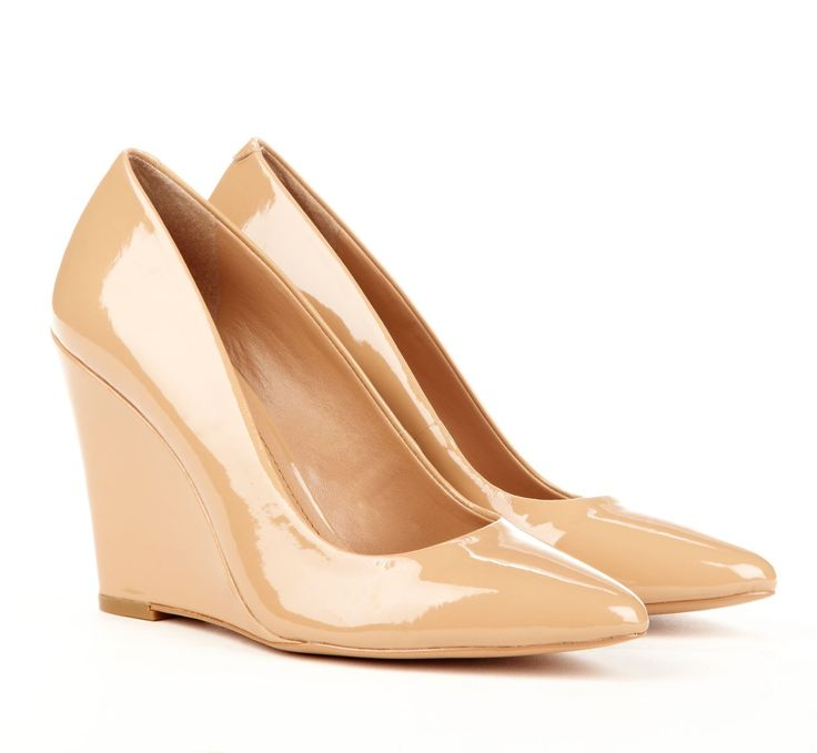 KELLY pointed wedge