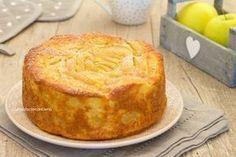 torta mele grattuggiate, a fette e cubetti