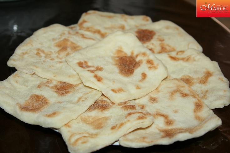 De délicieuses crêpes marocaines (rghaïf, mssamn) à déguster lors du petit déjeuner ou au goûter. http://www.recettesmaroc.com/recettes/patisseries/crepes-marocaines-khaif
