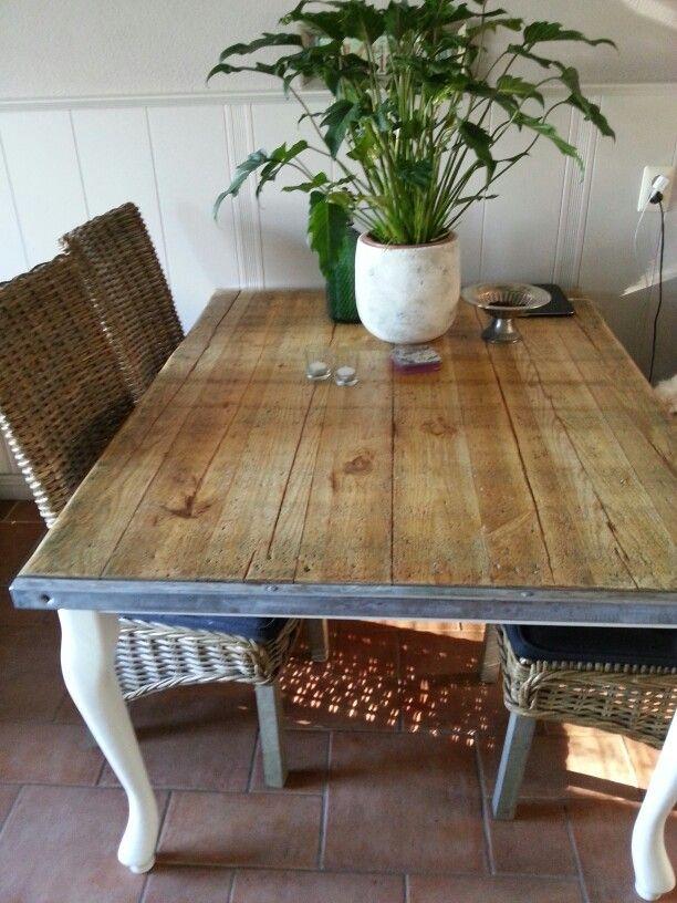 Landelijke stoere tafel van steenschot gemaakt super blij for Tafel van steenschotten