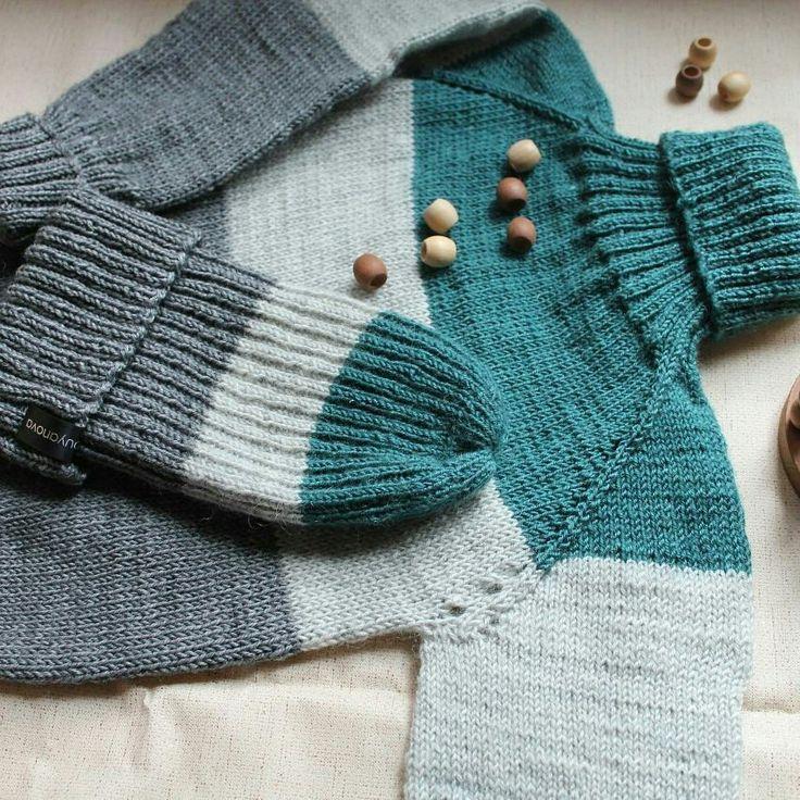 Шапка и свитер на осень, для мальчика 5 лет