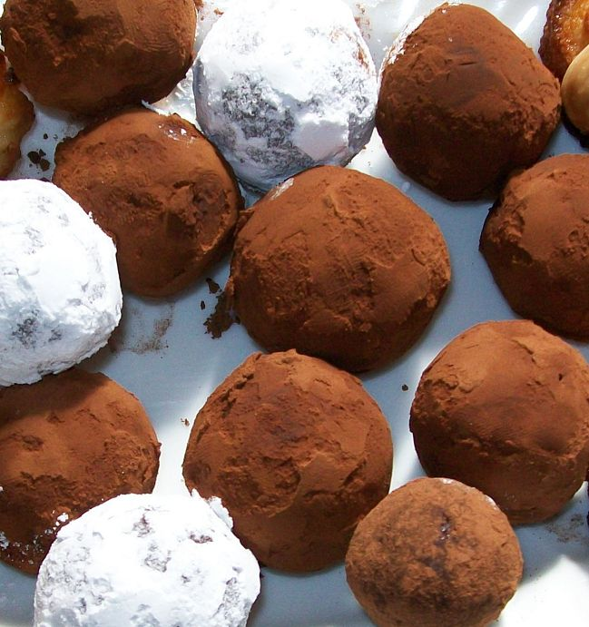 tartufi (truffes) mandorle cacao