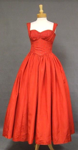 Red Taffeta 1950's Evening Gown w/ Tulle Shelf Bust VINTAGEOUS VINTAGE CLOTHING
