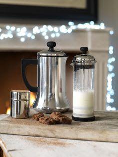 Pamiętajcie że dla Mikołaja trzeba zostawić ciasto i ciepłe mleko :) http://homeandfood.eu/lacafeterie