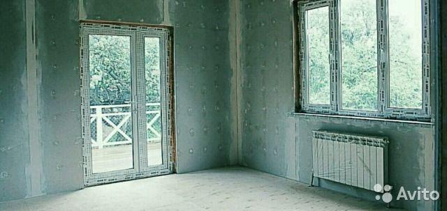 Продаю уютную однушку в новом доме, дом на три семьи, у каждого свой  вход. В квартире сделан ремонт под чистовую отделку, установлены теплые полы, своя уличная терраса, которую можете обстроить и расширить на 17 кв свою квартиру. дом сдан и зарегистрир...