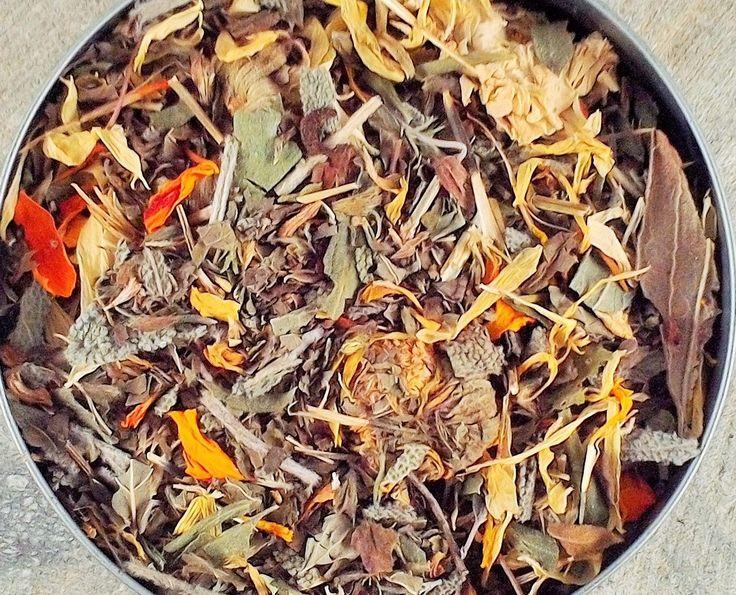 Lemon Balm Calendula Herbal Tea - dried tea - dried herbs - organic herbal teas - dried lemon balm - calendula by HannaHerbalFarms on Etsy https://www.etsy.com/listing/223496467/lemon-balm-calendula-herbal-tea-dried