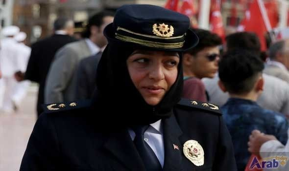 Turkish military allows female personnel to wear…