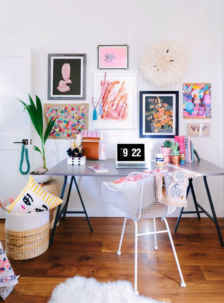 A bright and colorful office space. Need to have an inspiration wall in my home office + creative workspace!