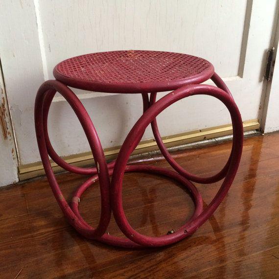 1960er Jahren Mitte Jahrhundert Bentwood osmanischen / / Thonet-Stil / / Rattan geprügeltes Cube Tisch / / Patio Side Table / / Hocker Fuß / / Boho-Chic