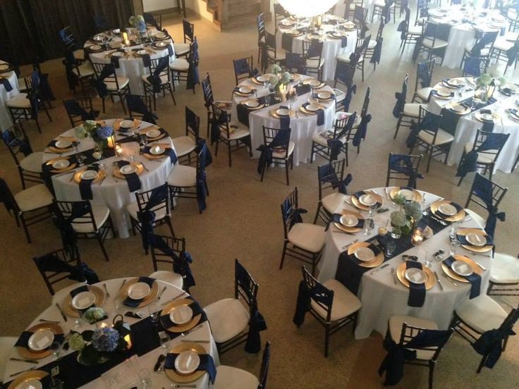 Navy blue and gold wedding at The Cocoa Room