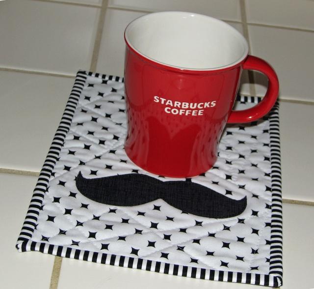 Moustache mug rug