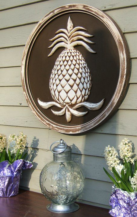 189 best images about house pineapple decor on pinterest for Pineapple outdoor decor