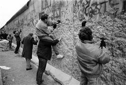 """789 1989 Michele d'Ottavio - I """"picconatori"""""""