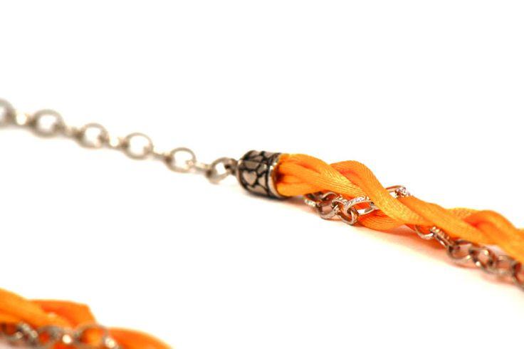 Estos son los herrajes que hacen que tus collares, e incluso pulseras Maga, ¡sean muy resistentes! www.latiendademaga.com