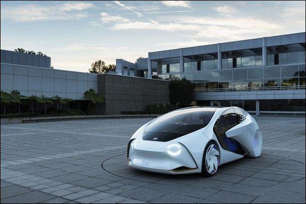 Con la Toyota Concept-i si immagina la Mobilità del Futuro