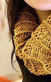 Ravelry: Simple Ribbed Cowl pattern by Orange Flower Yarn, Free Ravelry, Bulky