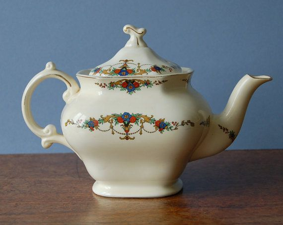Art Deco Alfred Meakin teapot with floral pattern by nancyplage, £25.00
