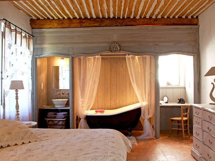 comment faire une salle de bains ouverte sur la chambre - Salle De Bain Romantique Bois