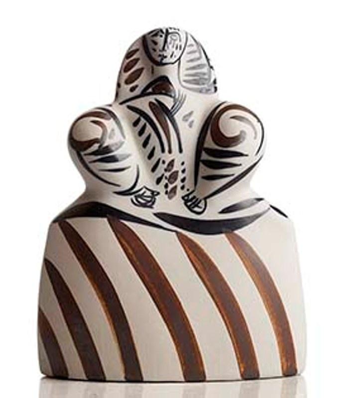 Regal Ceramics, National Crafts Award, made by artisan hands with genius artist Otero Regal in Viveiro, Lugo, Galicia. Tax free $38.90