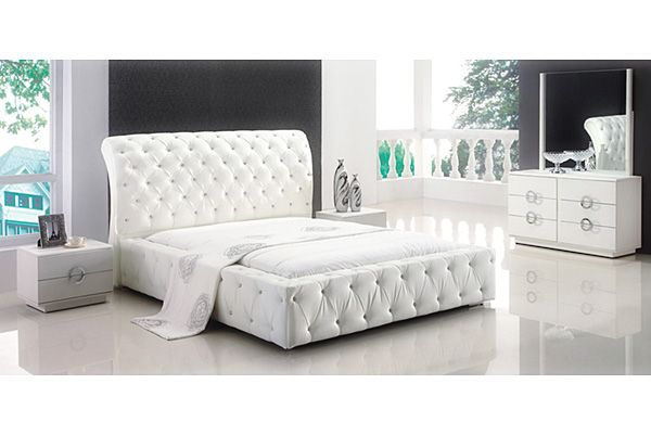 Contemporary White Queen Size Bedroom Furniture Sets