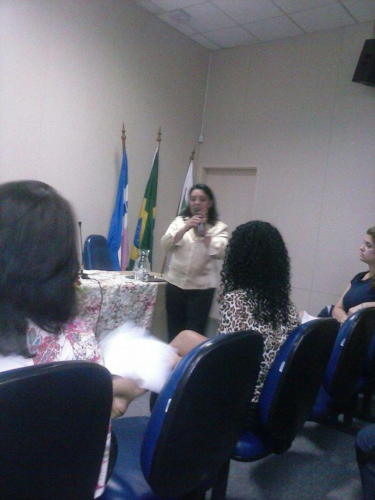 """03/07/2015 - Dra. Susi Mara Rosindo em palestra """"O empoderamento do poder de polícia administrativo"""""""