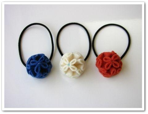 ころんと丸いフェルトの花ヘアゴム |シンガポールでも手芸したーい