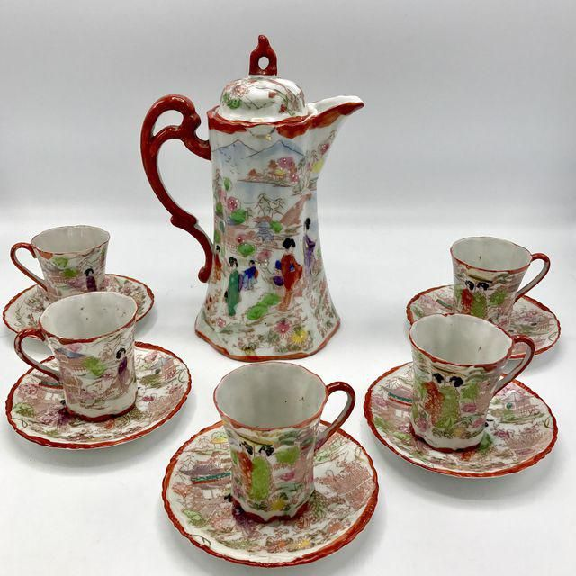 Hand Painted 1920s Japanese Chocolate Pot with 5 cups and Saucers - Or use as Coffee Pot / Teapot Set -  Traditional Imari colors & Geishas in a lantern filled garden with Pagodas and mountains in the background - Early 20th century china