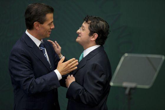 Caviar y champán para combatir la corrupción en México Una investigación de Reuters desvela gastos lujosos de funcionarios de la Secretaría de la Función Pública en viajes al extranjero Otros