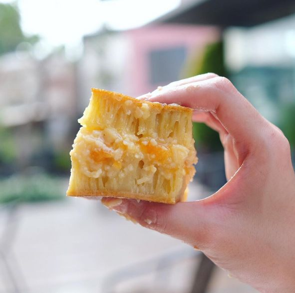 Martabak Apricot Keju, you want  to try? Come on visit our outlet and order now!