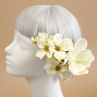 ウェディング ヘッドドレス・花 髪飾りairaka_ヘッドドレス・髪飾り/マグノリアの髪飾り(白)