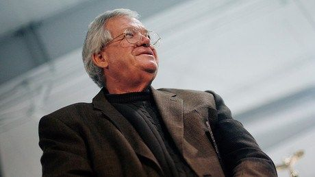 Former House Speaker Hastert facing jail over sex abuse cover-up http://ift.tt/20resio   Former Republican and Speaker of the House of Representatives Dennis Hastert could be jailed for six months for trying to cover up a $3.5 million payoff to one of five boys he allegedly molested when he was a high school teacher in Yorkville Illinois.Read Full Article at RT.com Source : Former House Speaker Hastert facing jail over sex abuse cover-up  The post Former House Speaker Hastert facing jail…