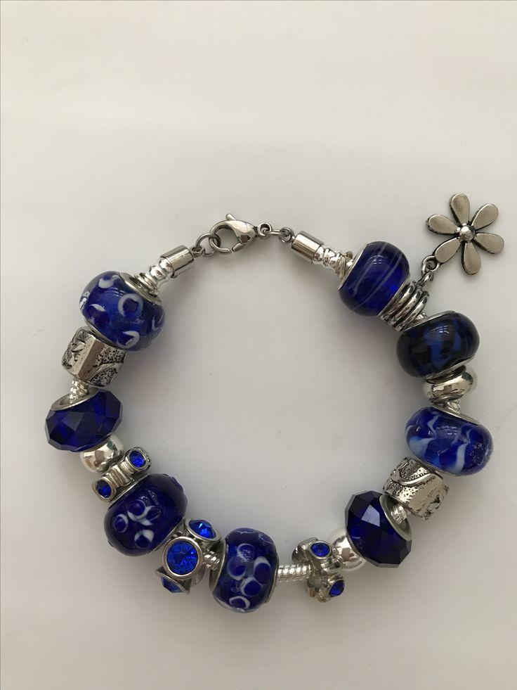 Pandora azul rey