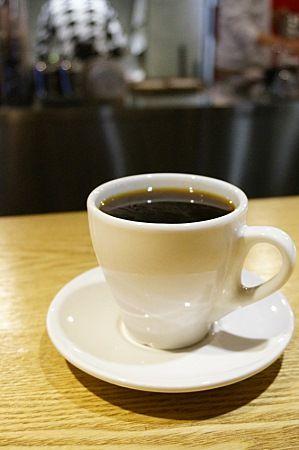 커피 한잔 하시죠? : 매거진캐스트