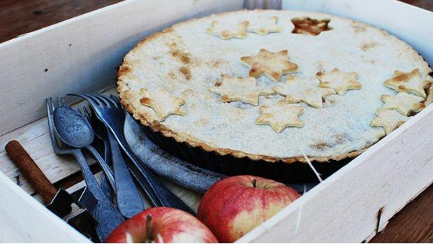 Tradiční americký jablečný koláč s pokličkou skvěle chuťově zapadne i do české kotliny...