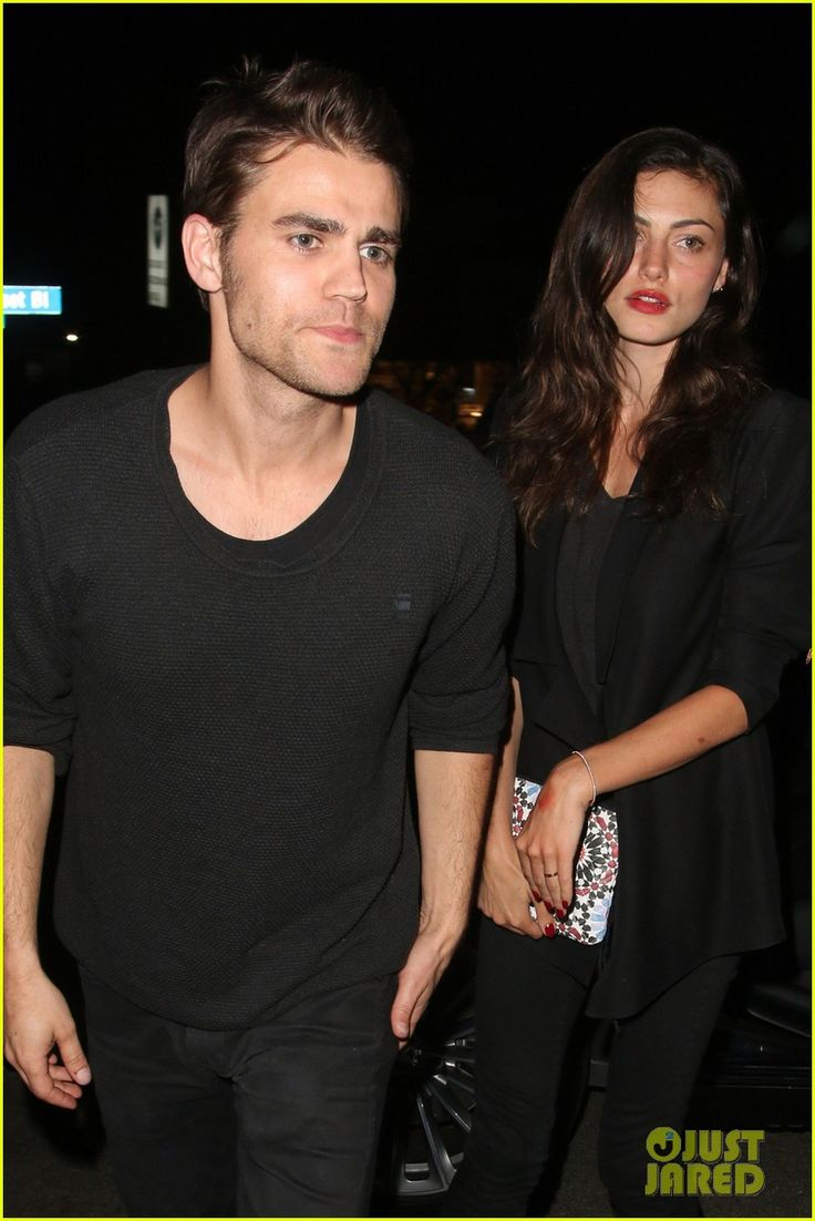 Paul wesley phoebe tonkin will both be at